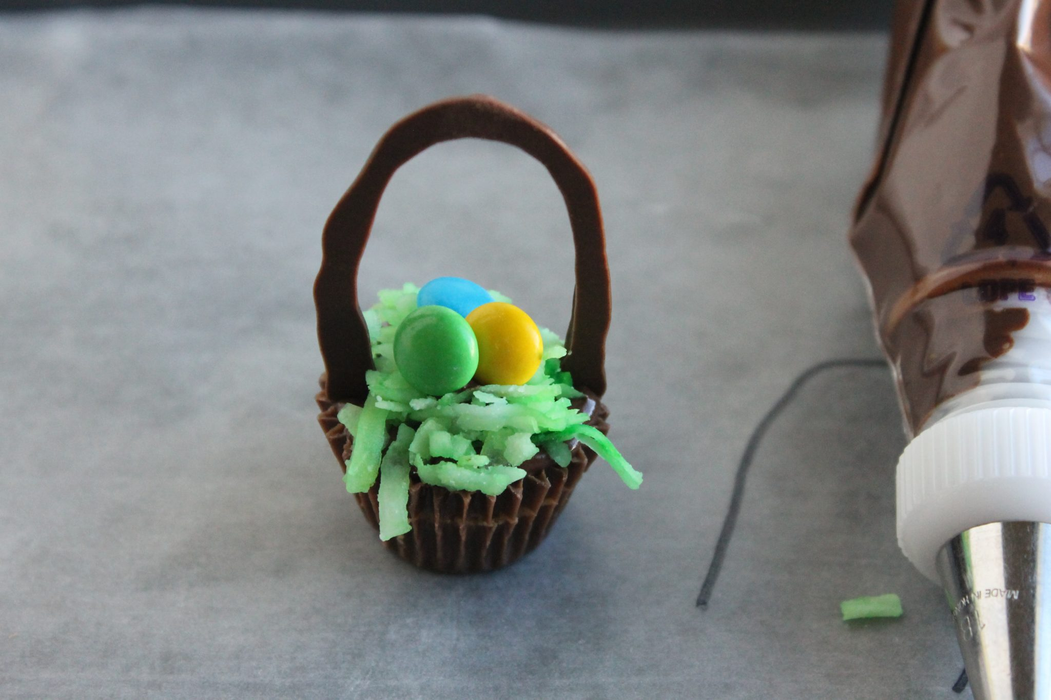 easter basket treat step 6