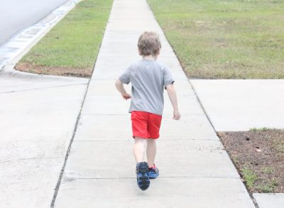 Stoplight Game for Walking with Kids