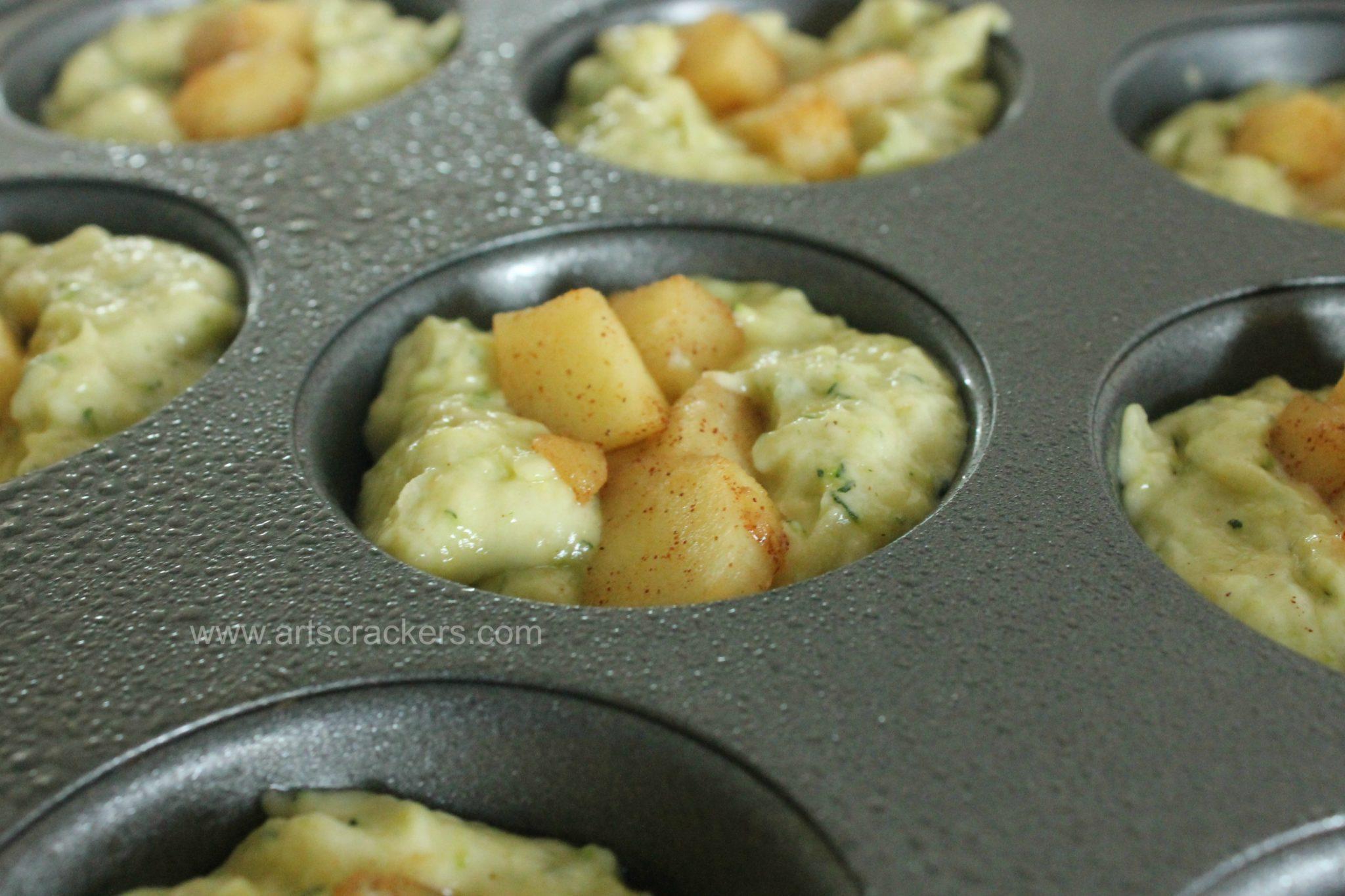Cinnamon Apple Zucchini Muffins Topping