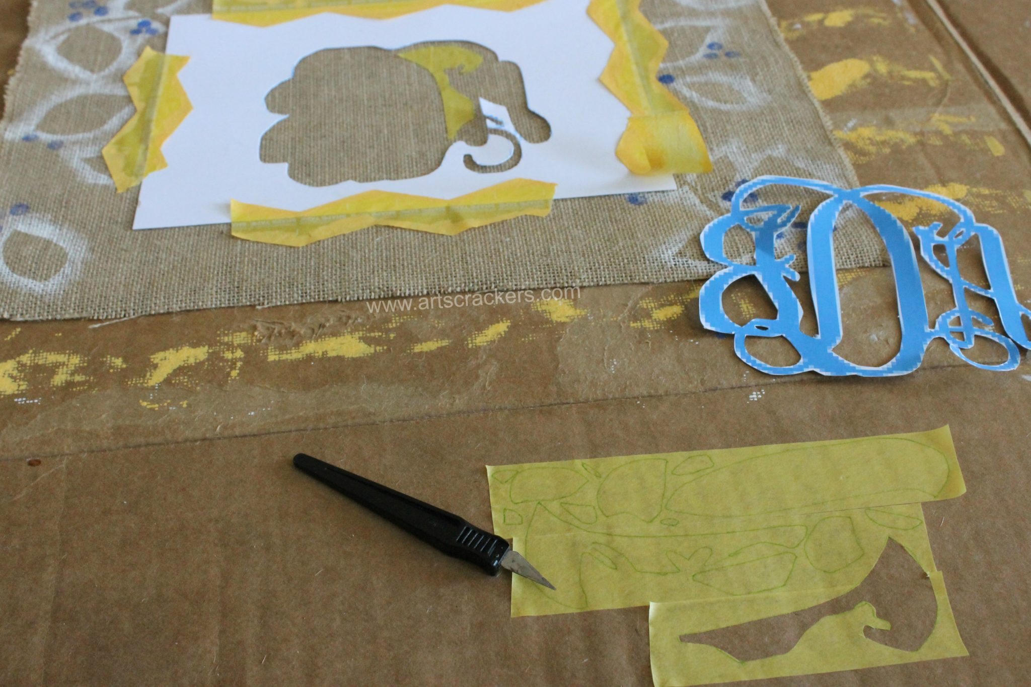 Painted Burlap Monogram How To