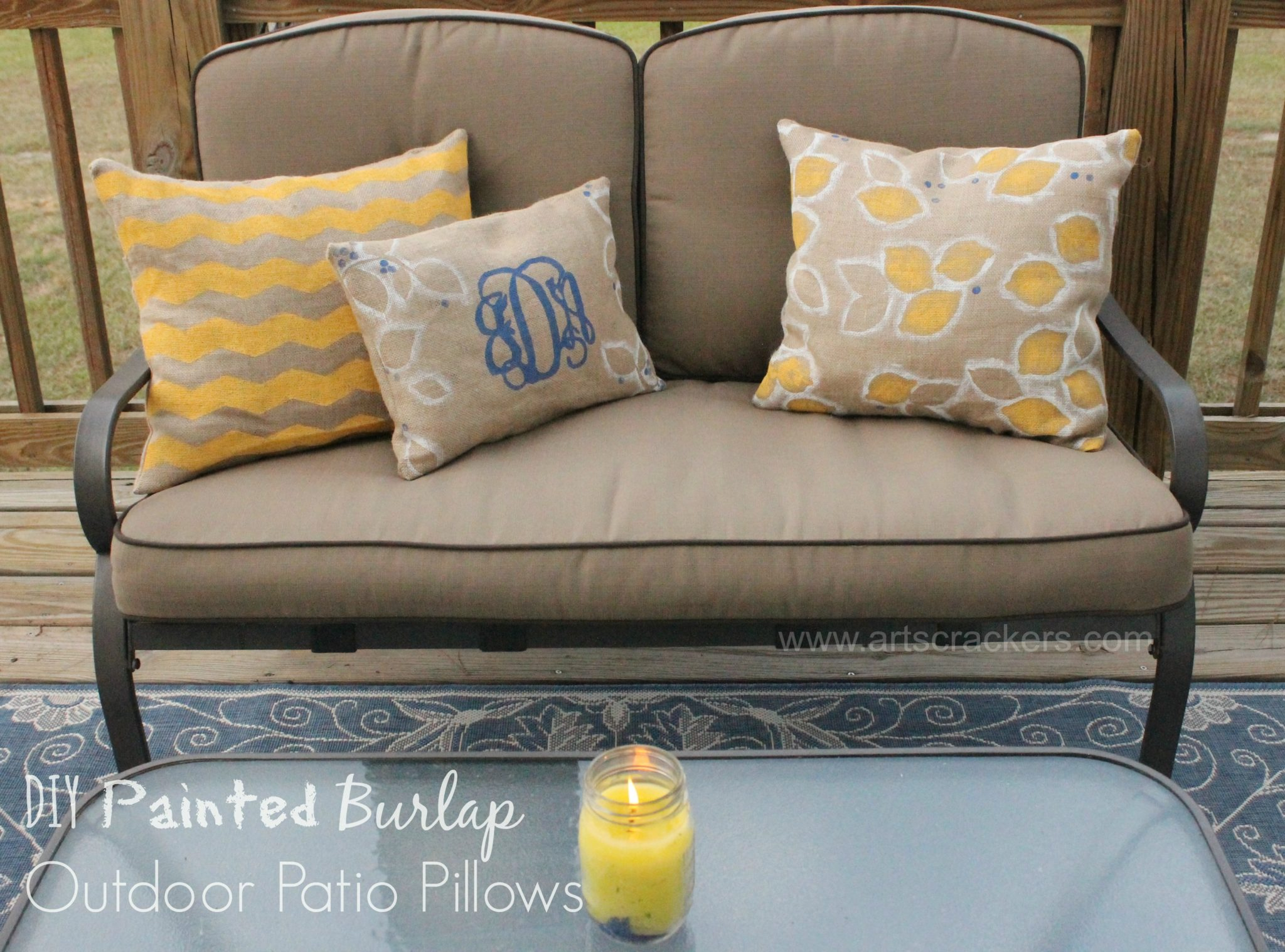 Painted Burlap Outdoor Patio Pillows DIY
