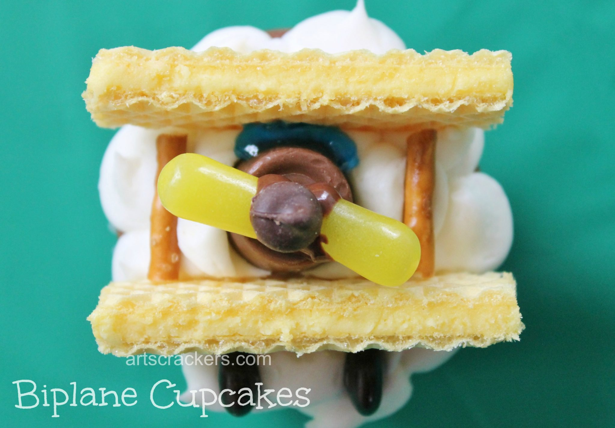 Biplane Cupcakes Party Dessert. Click the Picture to View the Tutorial.