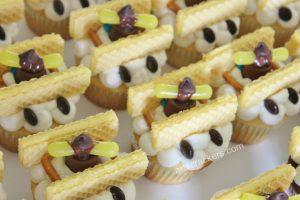Biplane Cupcakes Propeller