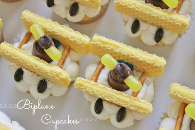 Make Your Own Biplane Inspired Cupcakes Tutorial. Click the Picture to View the Instructions