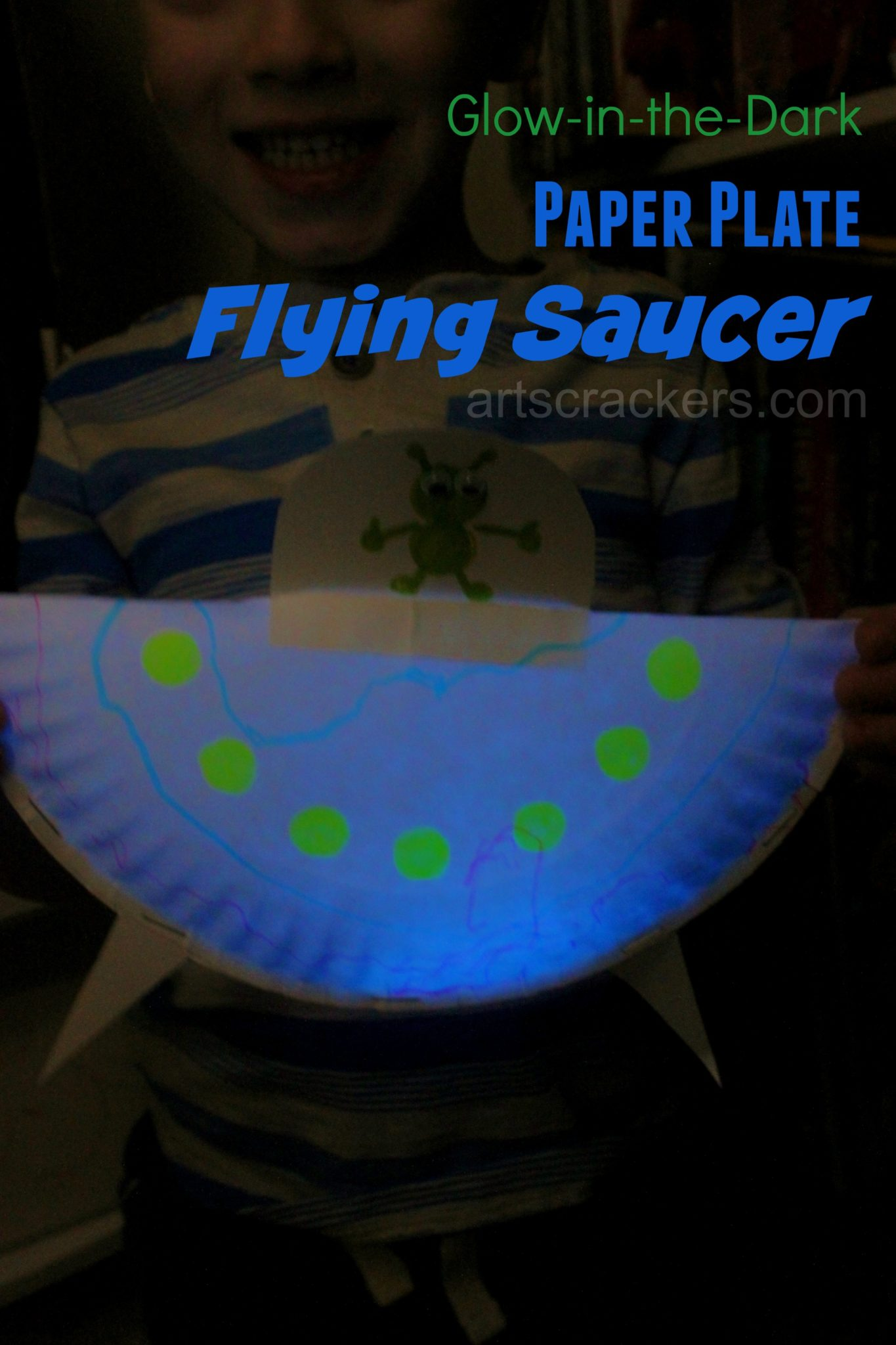 Paper Plate Flying Saucer Glow in the Dark. Click the picture to view the tutorial.