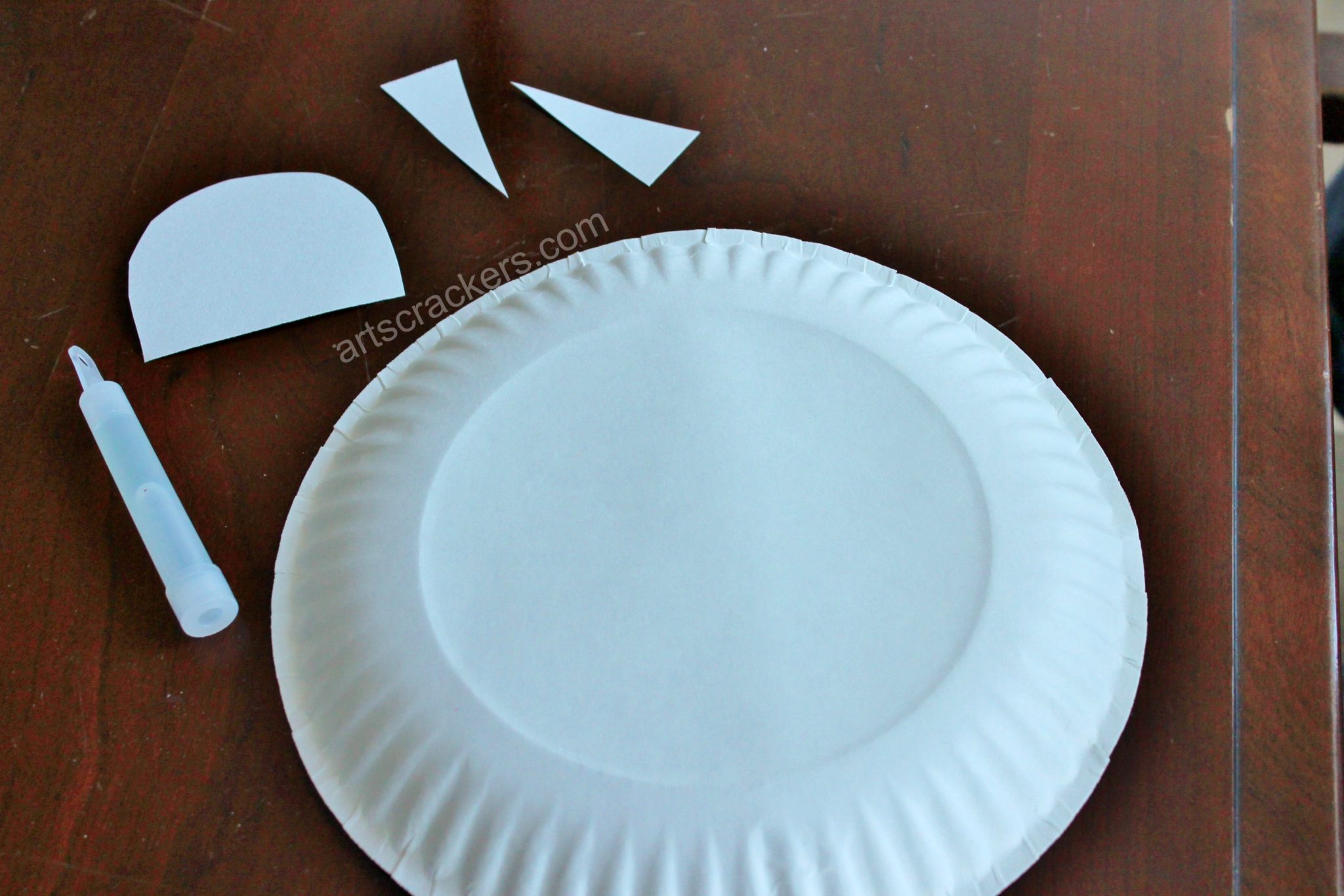 Paper Plate Flying Saucer Step 1