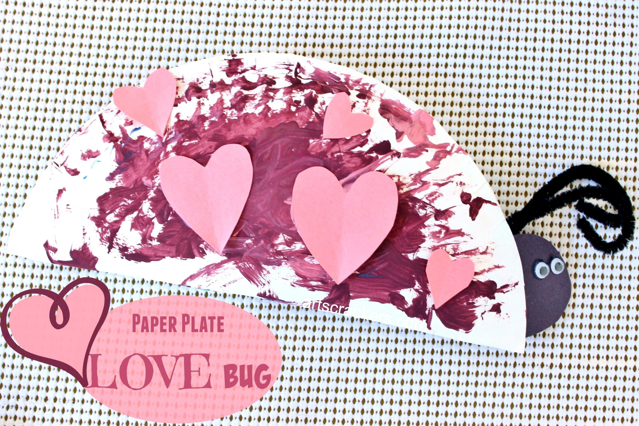 sc 1 st  Arts u0026 Crackers & DIY Paper Plate Love Bug | Valentineu0027s Day