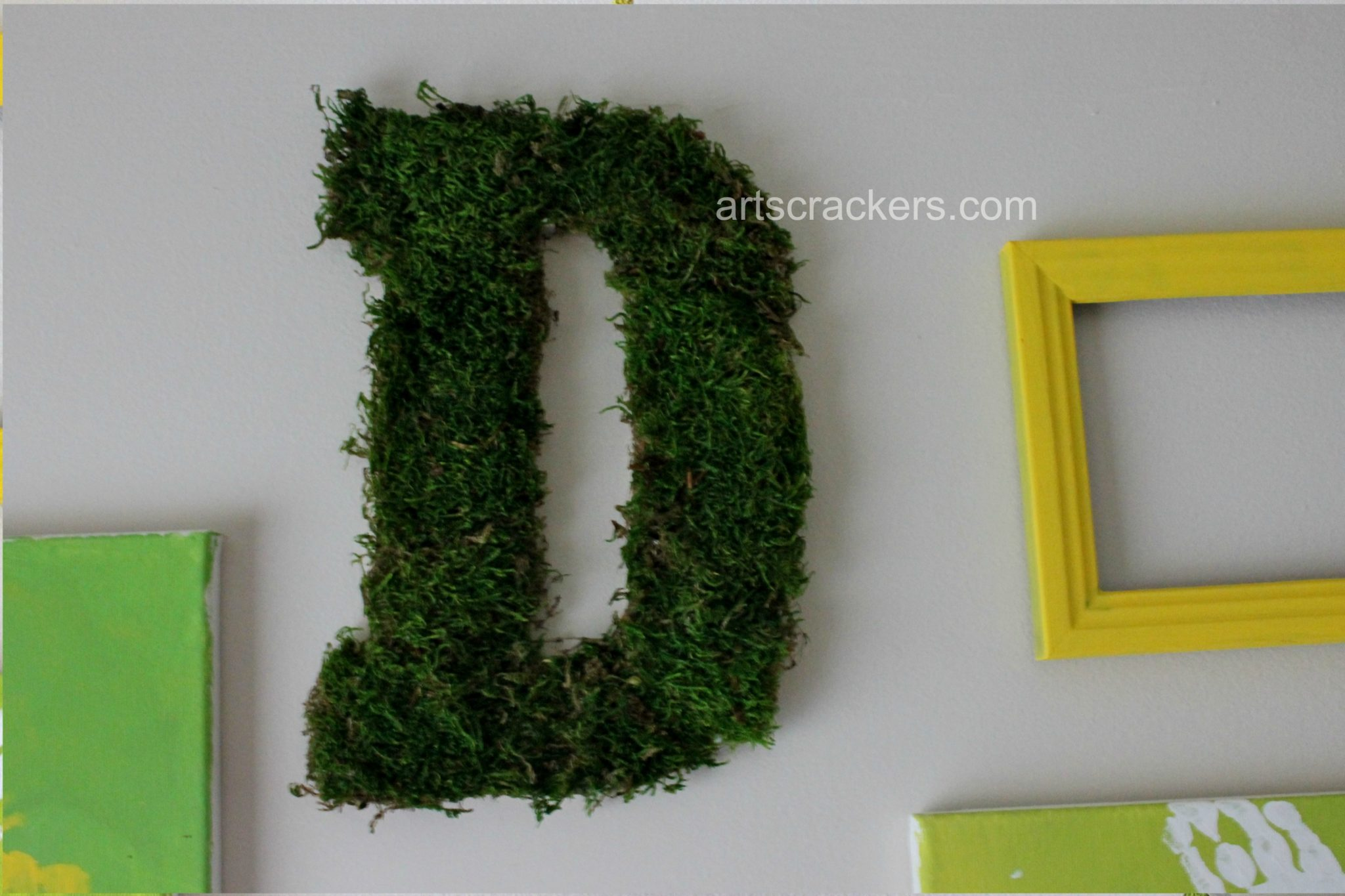 Spring Wall Moss Letter