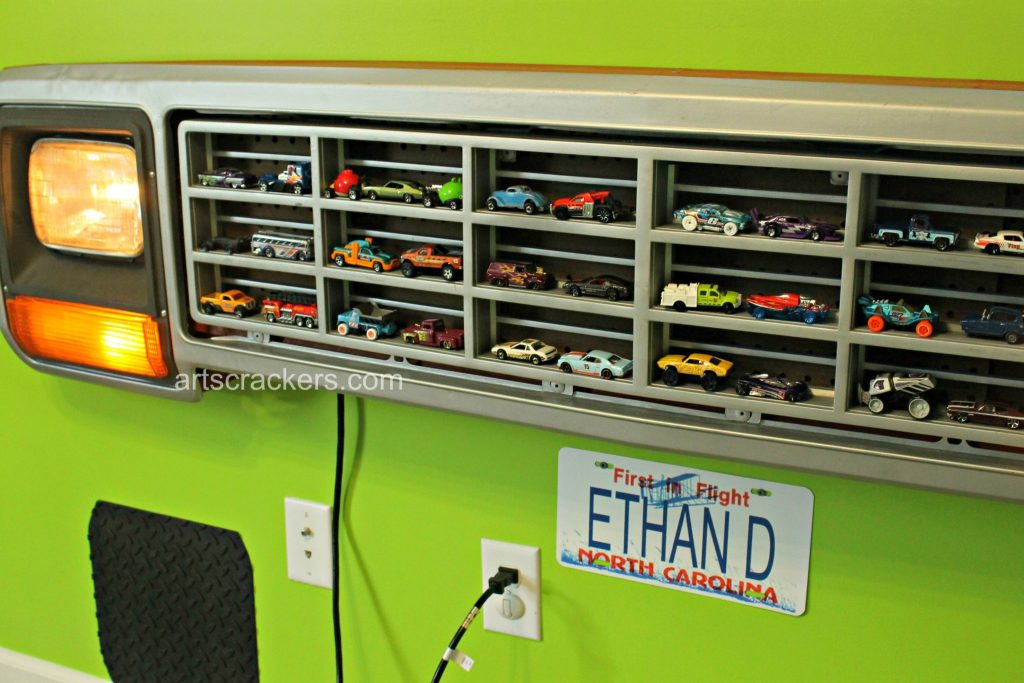 Truck Grill Car Holder Boys Room Decor. Click the picture to view the tutorial.