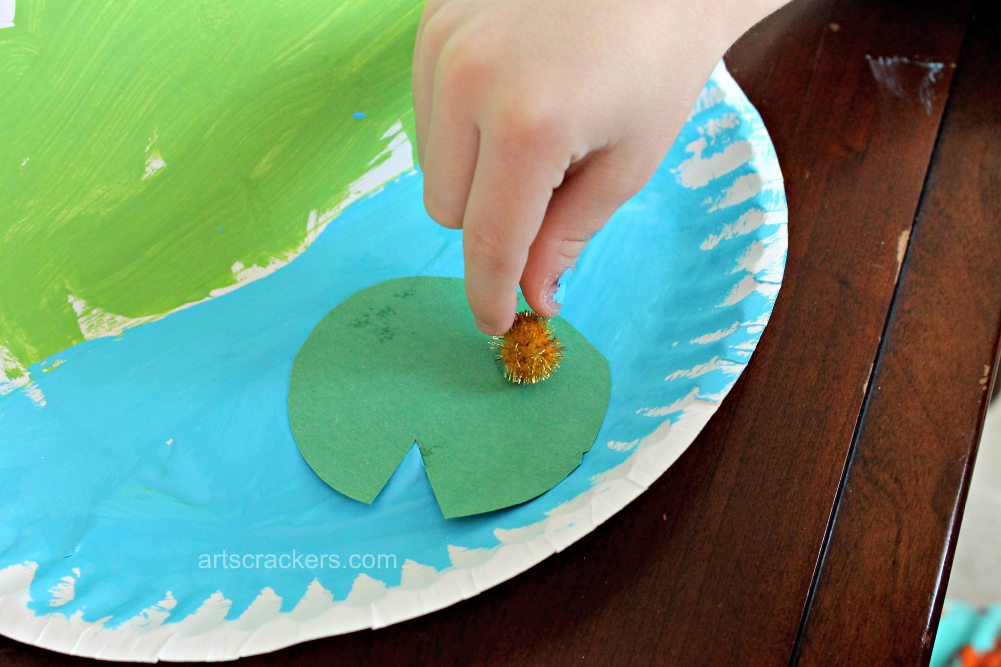 Frog on a Lily Pad Pond Plate Step 9