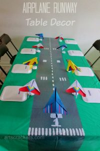 Table Runner Runway Decor. Click the picture to read the tutorial.