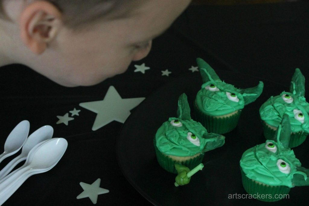 Star Wars Rebel Party Blowing Out the Candle