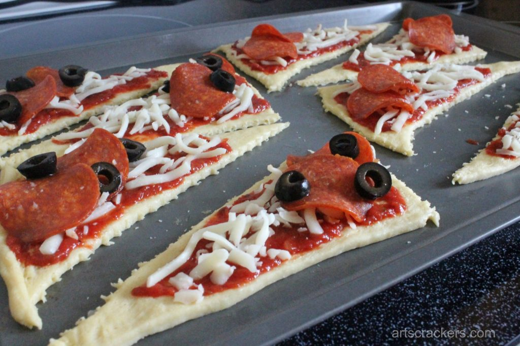 Crescent Calzone Pizzas Step 4
