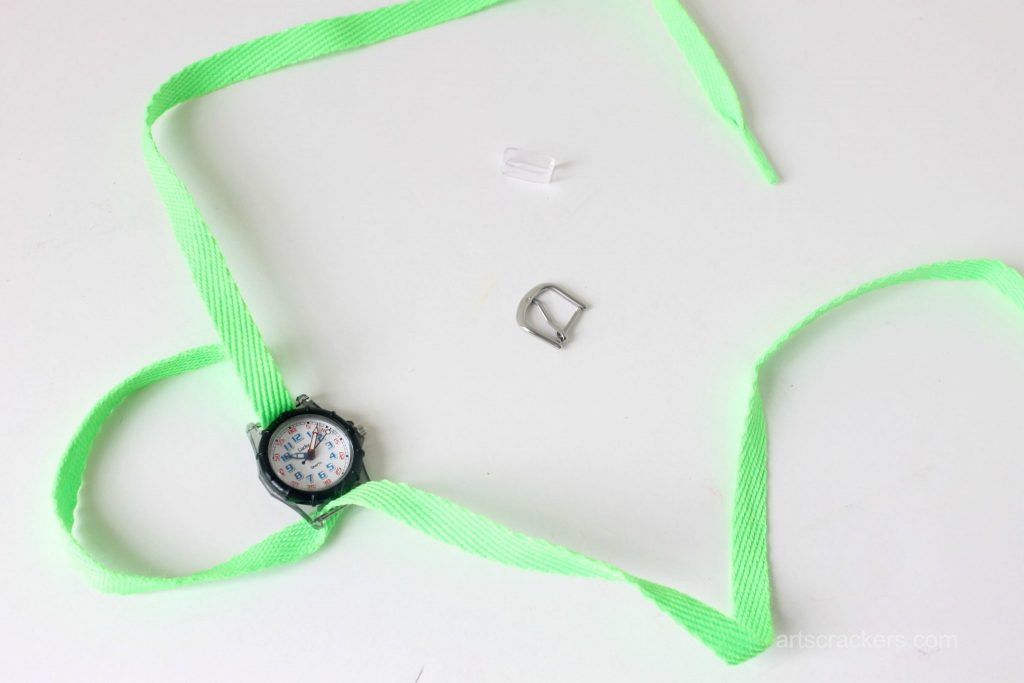 Shoelace Wrap Watch Step 4