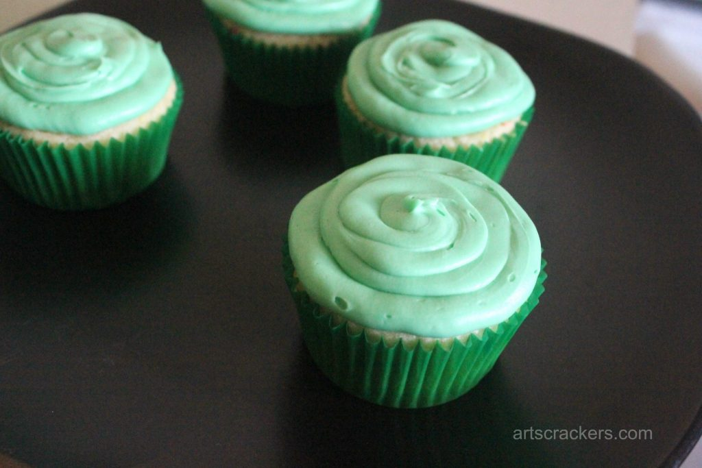 Yoda Cupcakes Step 3