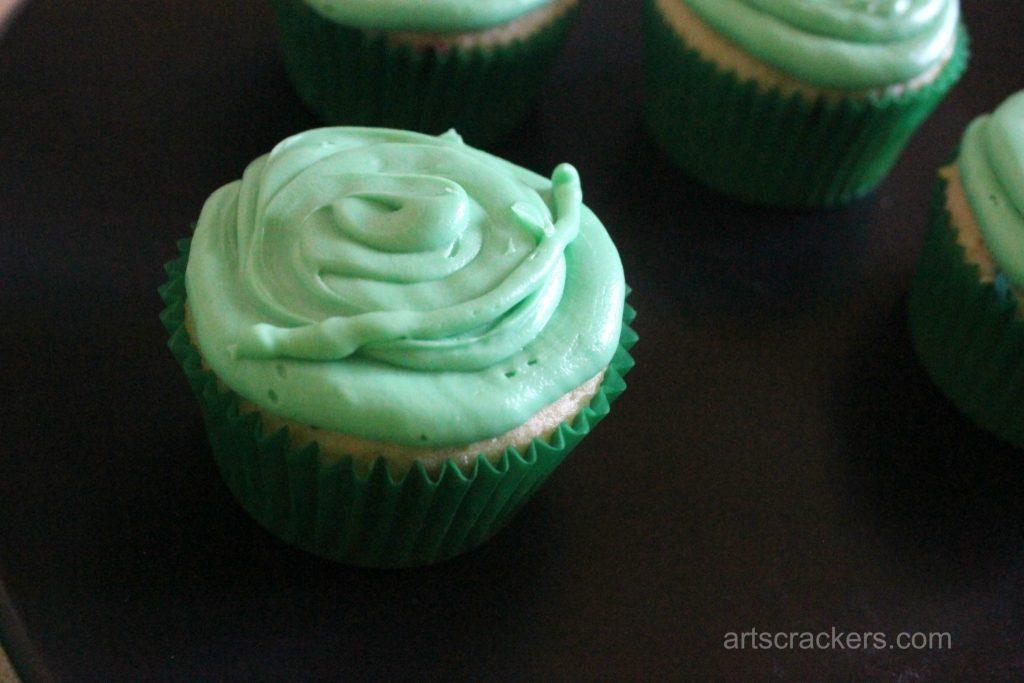 Yoda Cupcakes Step 4