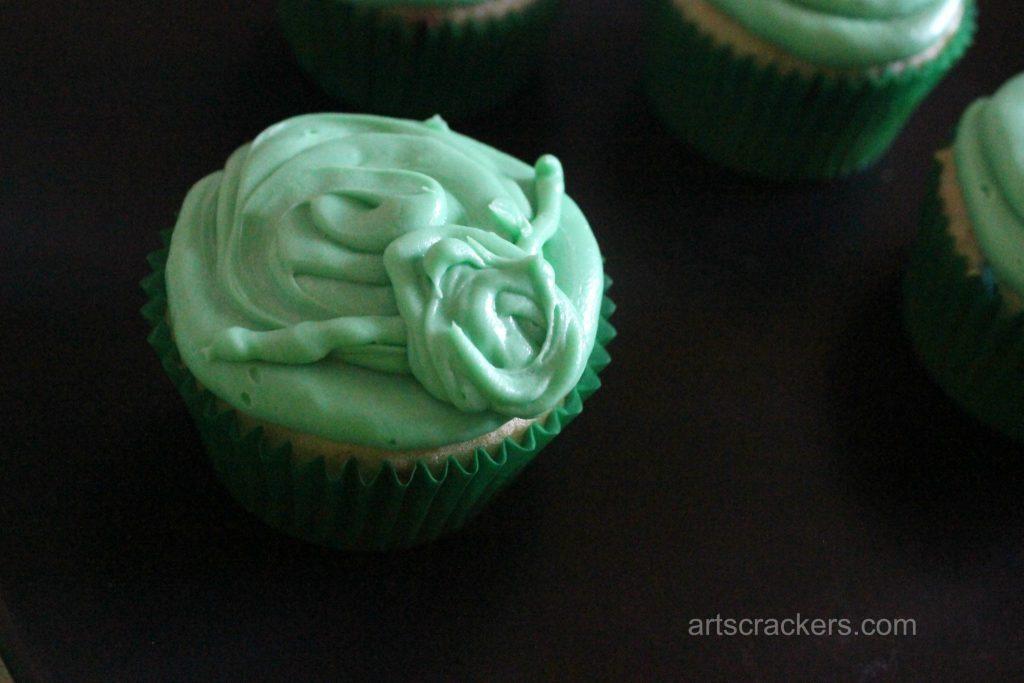 Yoda Cupcakes Step 5