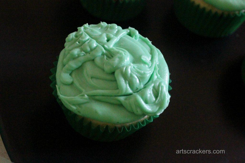 Yoda Cupcakes Step 9