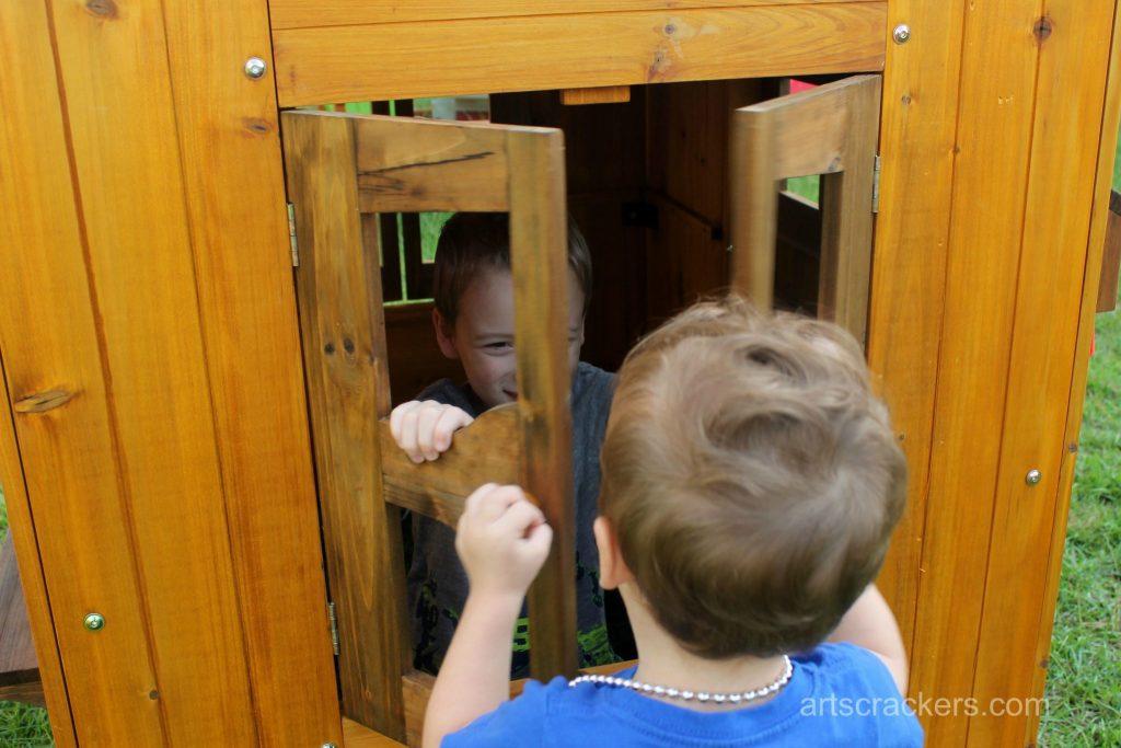 KidKraft Outdoor Playhouse Windows