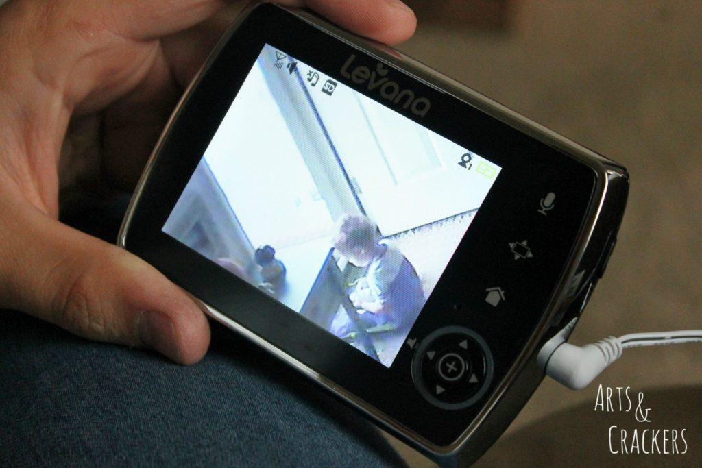 Levana Keera Monitor Video Screen Close Up