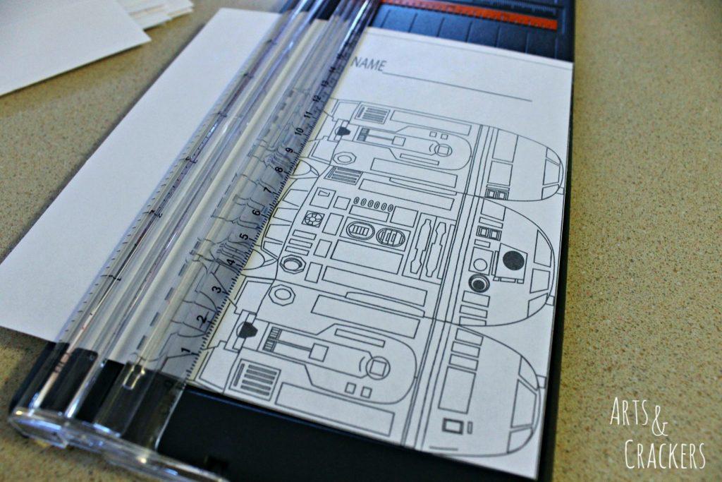 R2D2 Juice Boxes Step 1