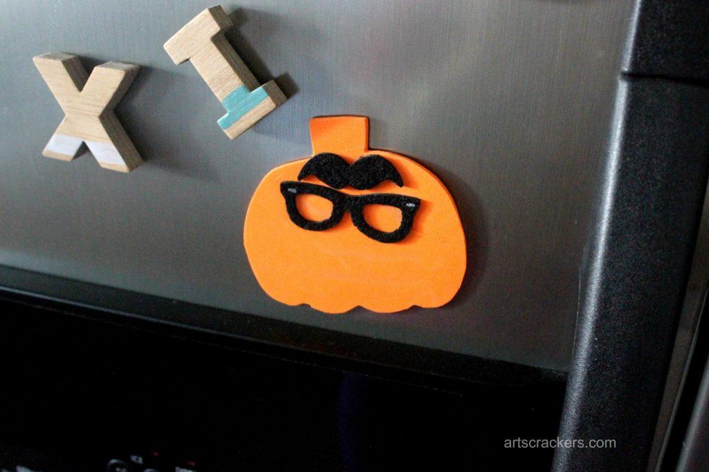 Silly Pumpkin Magnet