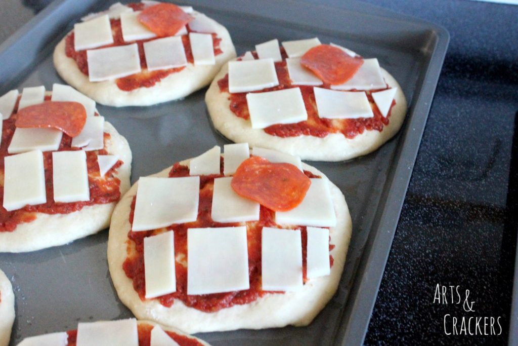 Star Wars Death Star Personal Pizzas Step 5