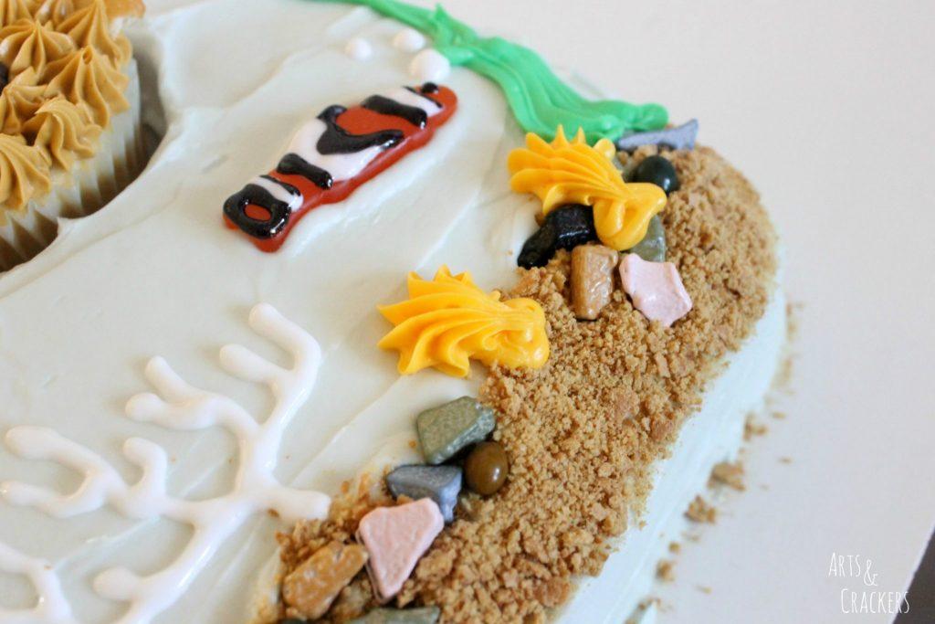 Aquarium Cake and Fish Cupcakes Step 15
