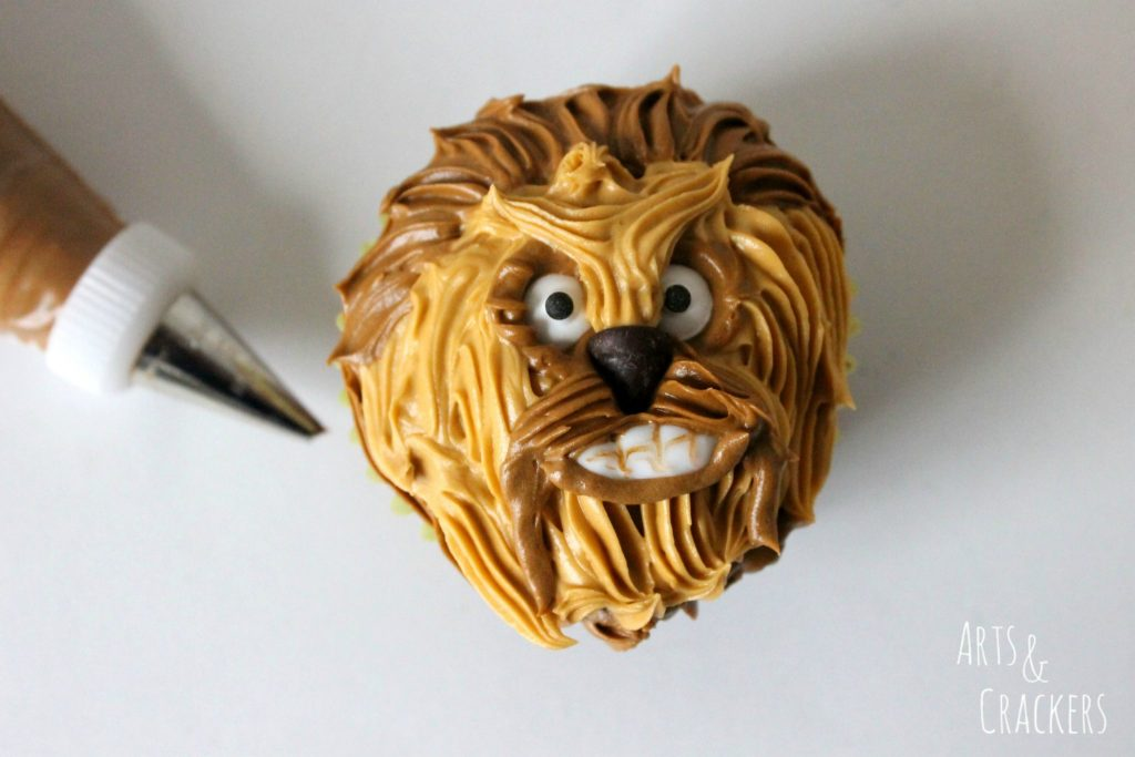 Chewbacca Cupcakes Step 9