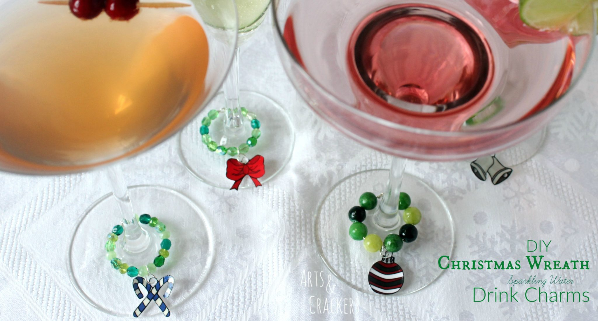 Christmas Wreath Drink Charms for Sparkling Water