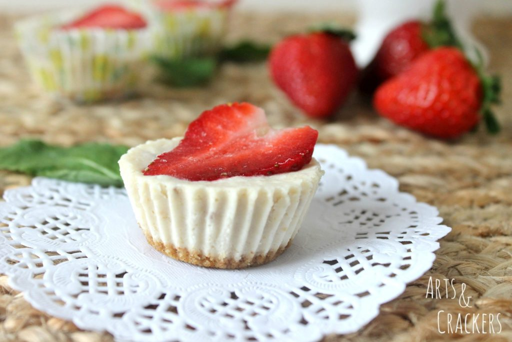 Frozen Strawberry Cheesecake Bites Layers
