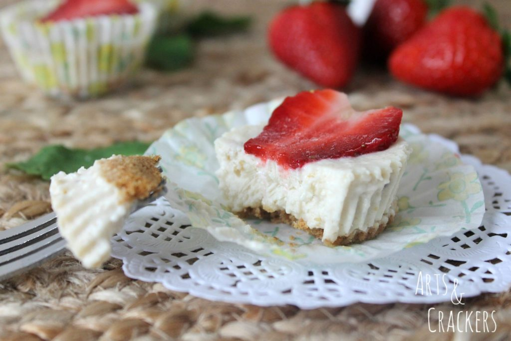 Frozen Strawberry Cheesecakes Bites Creamy