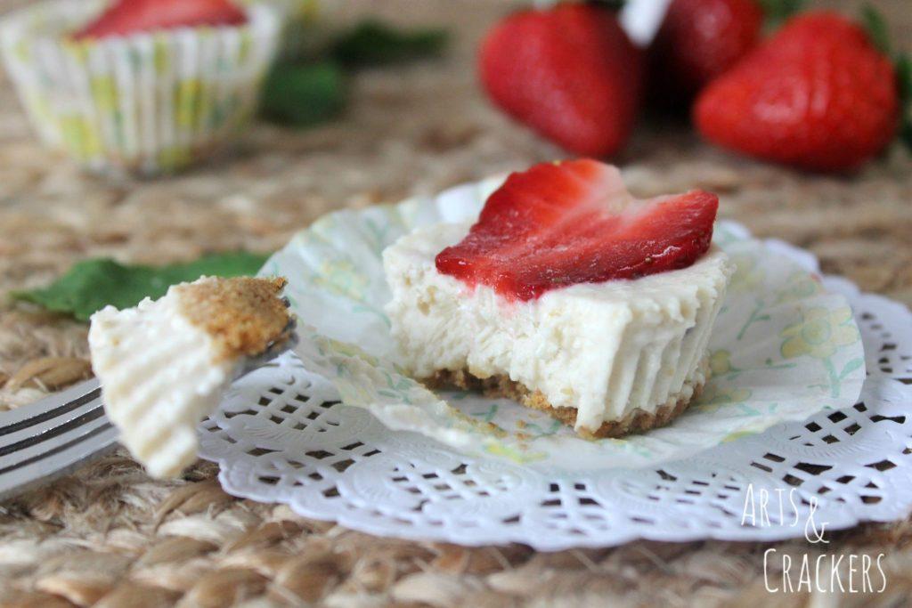 Frozen Strawberry Cheesecakes Bites Creamy