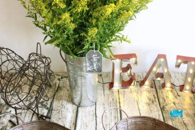 Farmhouse Breakfast Party Flowers