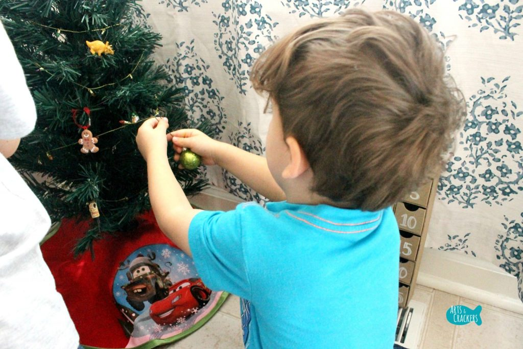 Decorate a Christmas Tree Advent Calendar 2