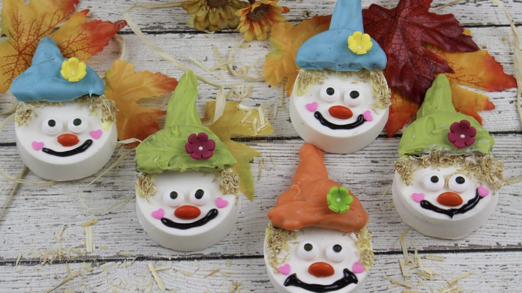 Scarecrow Sandwich Cookie Fall Treats Cover
