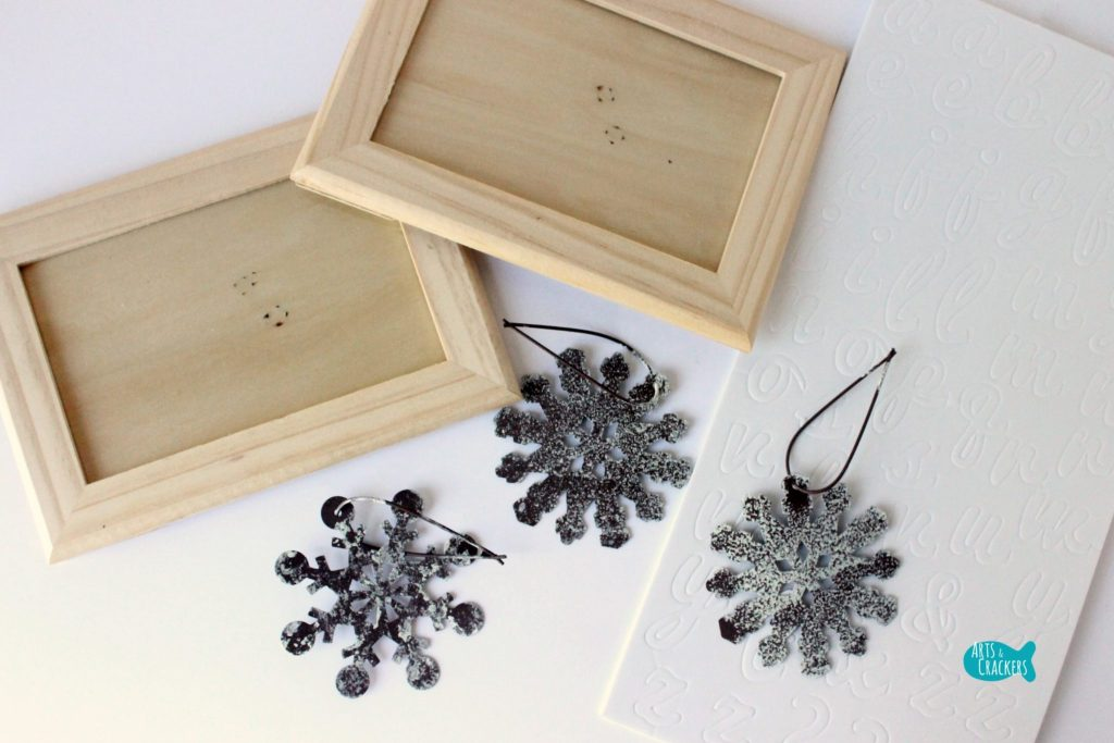 Frosted Frames Winter Home Decor 6 Supplies