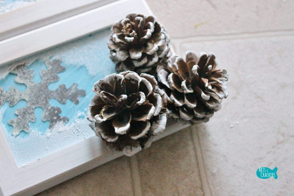 Frosted Frames Winter Home Decor 10