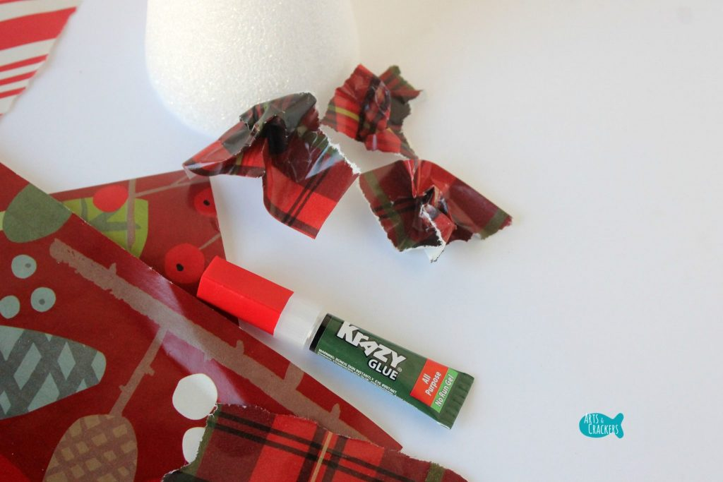 Upcycled Christmas Wrapping Paper Tree 2