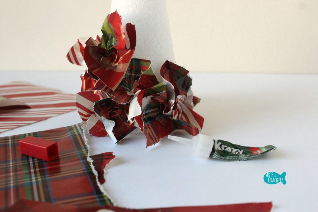 Upcycled Christmas Wrapping Paper Tree 4