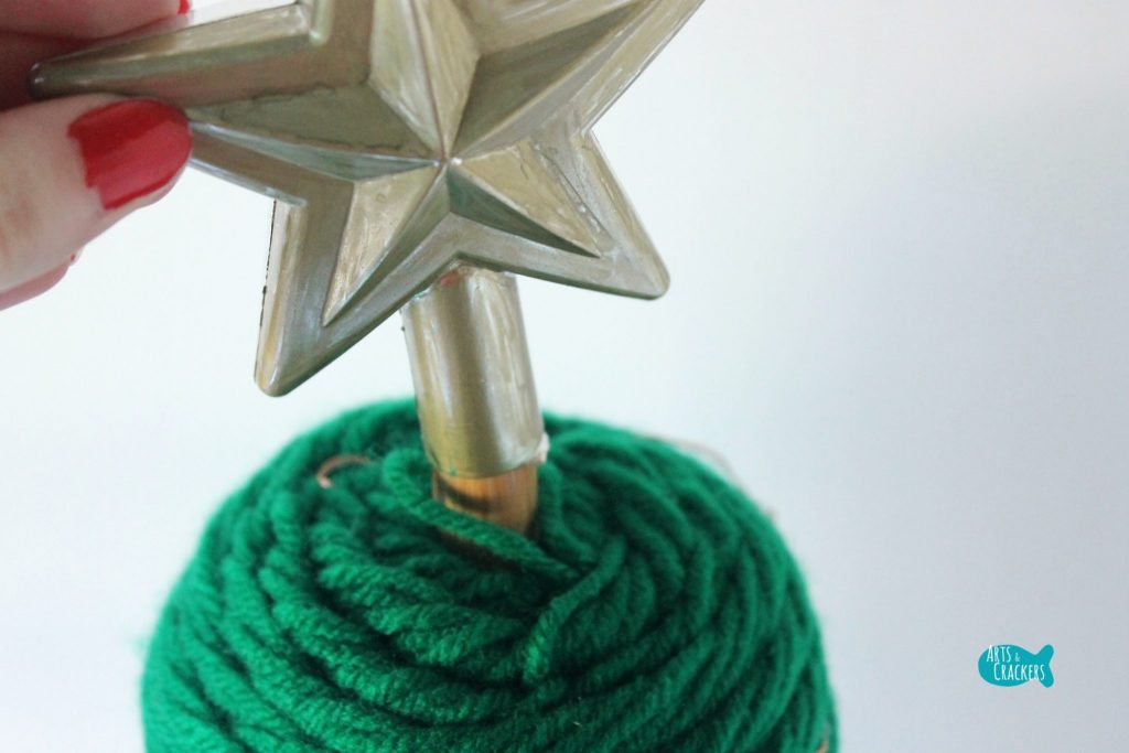 DIY Yarn Christmas Tree 7