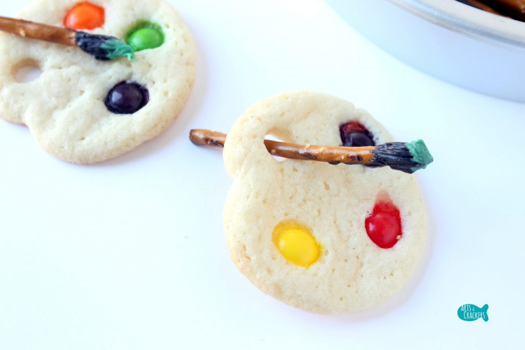 Artist Palette Cookies Close Angle