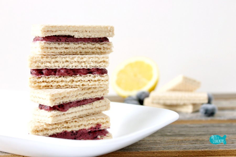 No Churn Blueberry Lemon Frozen Yogurt Wafer Sandwich Cover