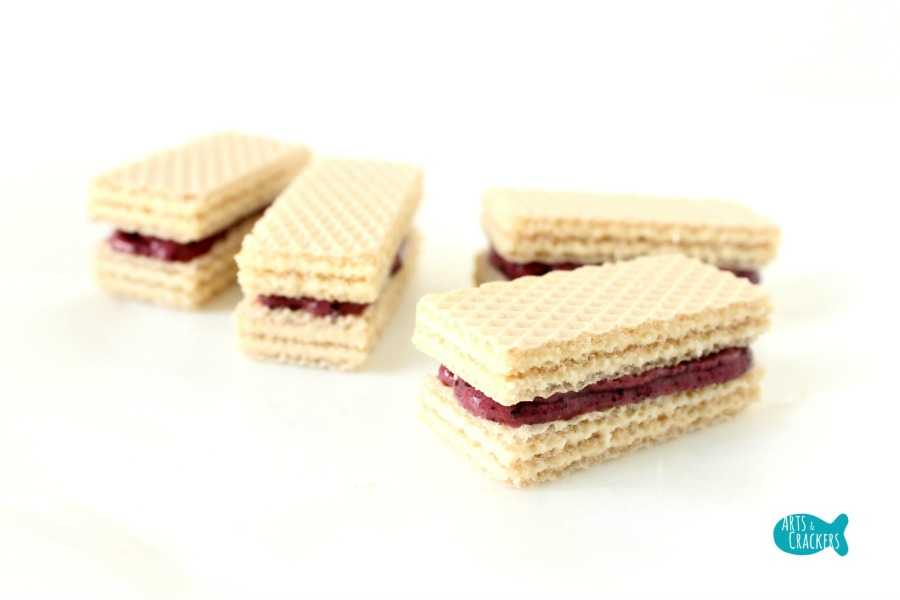 No Churn Blueberry Lemon Frozen Yogurt Wafer Sandwich Step 2
