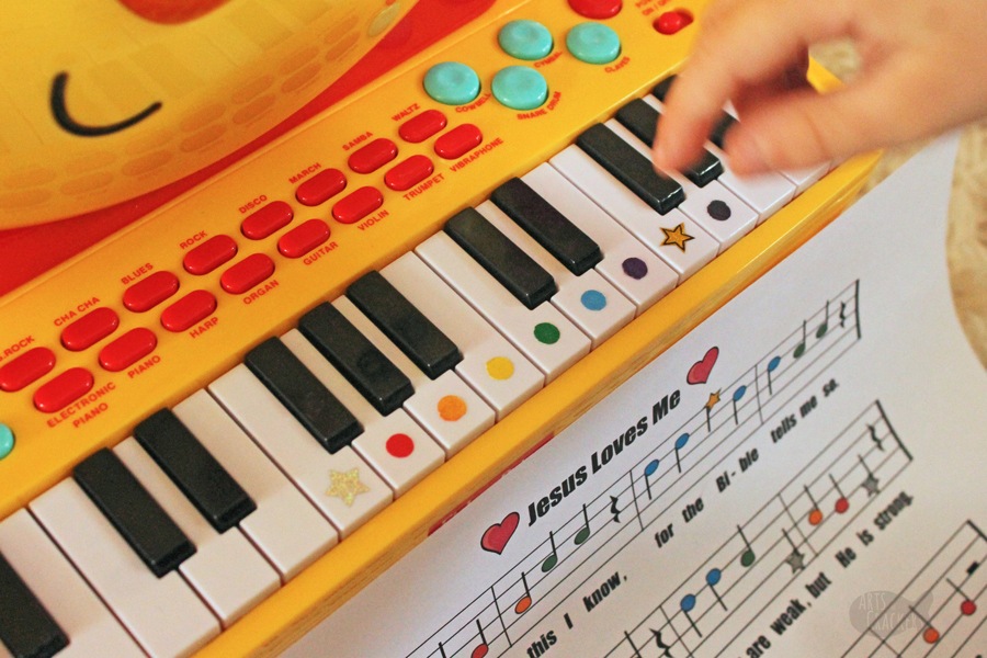 This printable sheet music featuring classic children's songs is such a fun way for children to learn to read sheet music; play this sheet music for kids on a piano keyboard and is perfect for a homeschool music class.