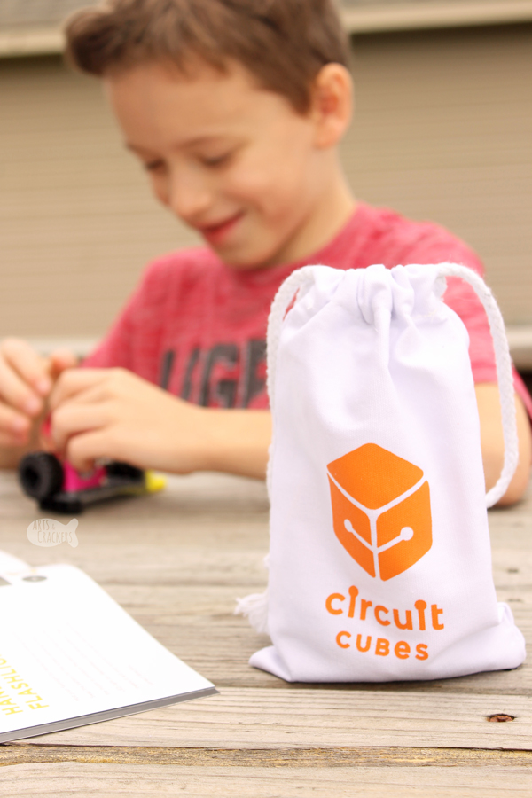 Explore circuits with this easy STEM circuit building activity for kids | science | STEM | technology | snap circuits | learning | early childhood education | engineering #earlychildhoodeducation #homeschool #stemlearning #kidsactivities