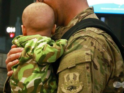 Breastfeeding as a military spouse when your husband is deployed is hard, but these tips will make breastfeeding during deployment easier | advice from a military spouse #usaf #militaryspouse #breastfeeding #motherhood #militaryfamily #tricare