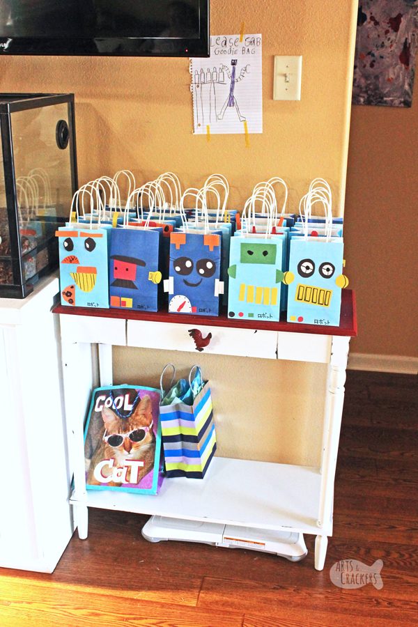 "Try this unique party theme – ""Robots in Japan"" for your one-of-a-kind birthday kid! You'll love these party ideas and birthday gift ideas 