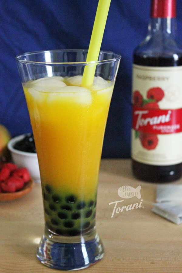 Mix two favorite drink with this Kombucha Bubble Tea recipe   boba tea   boba tea recipe   kombucha   flavored kombucha   kombucha tea recipe   komboba tea   raspberry simple syrup   fermented tea   tea with tapioca pearls   healthy drinks   beverage recipe   #bubbletea #drinkrecipe #kombucha #boba